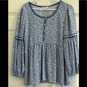 MAX STUDIO NWT floral peasant style top
